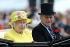 """La reine Elisabeth II (née en 1926) et son époux, le prince Philip (né en 1921), se rendant au """"Royal Ascot Meeting"""". Hippodrome d'Ascot (Angleterre), 19 juin 2015. Photo : Steve Parsons. © Steve Parsons / PA Archive / Roger-Viollet"""