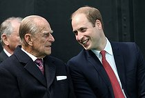 pa-news-old-20150615-140049-heritagemagnacarta140032.jpg. Chris Jackson. Magna Carta anniversary. The Duke of Edinburgh chats to the Duke of Cambridge at a Magna Carta 800th Anniversary Commemoration Event at the Magna Carta memorial in Runnymede, near Egham, Surrey. 20150615. © Chris Jackson / PA Archive / Roger-Viollet