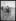 """excelsior. Élégante en tenue de plage sur les planches de Deauville (Calvados). Vendredi 19 août 1921. Photographie du journal """"Excelsior"""". 19210819. © Excelsior – L'Equipe / Roger-Viollet"""
