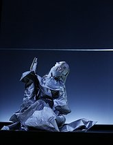 """""""At the Hawk's Well"""", ballet choreographed by Alessio Silvestrin. Direction : Hiroshi Sugimoto. Conductor : Ryoji Ikeda. Lights : Hiroshi Sugimoto. Costumes : Rick Owens. Opéra national de Paris ballet company. Dancer : Alessio Carbone. Paris, Opéra Garnier, on September 17, 2019. © Colette Masson / Roger-Viollet"""