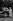 Mesdames Ralph Van Landingham, Cameron Morrison et Julia Baxter Scott, cantinières de la Croix Rouge américaine servant des repas dans un campement de gens de couleur atteints par la grippe espagnole. Cette pandémie toucha près de 500 millions de personnes dans le monde et en tua entre 17 et 100 millions. Charlotte (Caroline du Nord, Etats-Unis), vers 1918. TopFoto/Roger-Viollet