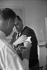 """Employé du journal """"Blick"""" se faisant vacciner contre la grippe. Zurich (Suisse), 1968. © Ullstein Bild / Roger-Viollet"""