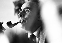 Henry-Georges Clouzot (1907-1977), French filmmaker and scriptwriter, at his home. Paris, 4 October 1968. Photograph by André Perlstein (born in 1942). © André Perlstein / Roger-Viollet