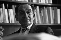 Pierre Mendès-France (1907-1982), French politician, at his home. Moral figure of the left, radical socialist, then socialist, he is a reference for the French politicial class. Paris 21 May 1969. Photograh by André Perlstein (born in 1942). © André Perlstein / Roger-Viollet