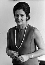 Simone Veil (1927-2017), French magistrate and stateswoman. As Minister of Health (1974), she passed the law for the voluntary termination of pregnancy in 1975. She was the first woman to be elected President of the European Parliament by universal suffrage (1979-1982). Paris, 25 February 1970. Photograph by André Perlstein (born in 1942). © André Perlstein / Roger-Viollet