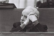 Louis Aragon (1897-1982), French poet, novelist, essayist and journalist, attending the congress of the French Communist Party. Paris, 4 February 1976. Photograph by André Perlstein (born in 1942). © André Perlstein / Roger-Viollet