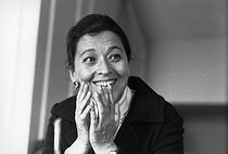 Edmonde Charles-Roux (1920-2016), French member of the resistance, journalist and writer, at Saint-Germain-des-Prés. Paris (VIth arrondissement), 6 May 1971. Photograph by André Perlstein (born in 1942). © André Perlstein / Roger-Viollet