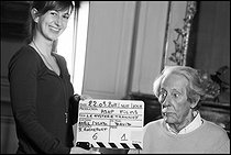 """Jean Rochefort (1930-2017), French stage and screen actor. Shooting of the film """"Le Mystère Trannoy"""". France, 22 March 2011. Photograph by André Perlstein (born in 1942). © André Perlstein / Roger-Viollet"""