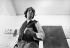 Dennis Oppenheim (1938-2011), sculpteur américain. Photographie d'André Perlstein (né en 1942). 1969. © André Perlstein / Roger-Viollet