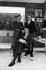 Roger Thérond (1924-2001), journaliste français, dirigeant de Paris Match, Frank Ténot (1925-2004) et Daniel Filipacchi (né en 1928), responsables de presse. Photographie d'André Perlstein (né en 1942). Paris, 1968. © André Perlstein / Roger-Viollet