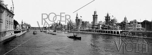 Roger-Viollet | 413361 | 1900 World Fair in Paris. Panorama of the Nations palaces and the river Seine. | © Neurdein / Roger-Viollet