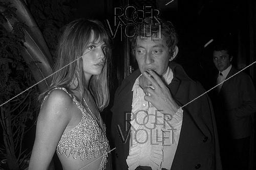 Roger-Viollet | 210323 | Jane Birkin (born in 1946), French singer, and Serge Gainsbourg (1928-1991), French singer-songwriter. Paris, New Jimmy's, 1968. | © Noa / Roger-Viollet