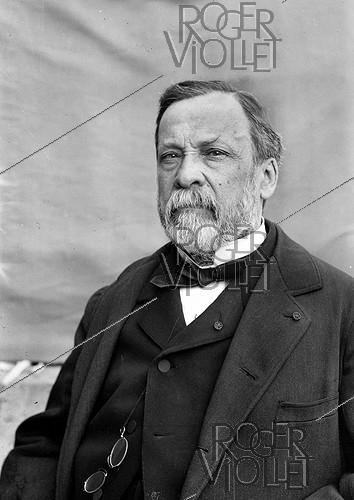 Roger-Viollet | 830144 | Louis Pasteur (1822-1895), French chemist and biologist. | © Roger-Viollet / Roger-Viollet