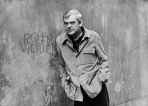 Roger-Viollet | 580624 | Milan Kundera (born in 1929), Czech writer (deprived of his nationality in 1979) living in France, on April 11, 1979. | © Jean-Pierre Couderc / Roger-Viollet