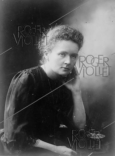 Roger-Viollet | 1294601 | Portrait of Marie Curie (1867-1934), Polish-born French physicist and chemist. Wednesday 1st December 1920. Photograph from the French newspaper  Excelsior . | © Excelsior - L'Equipe / Roger-Viollet