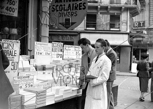 Roger-Viollet | 327698 | Preparations for the start of the new school year at the Gibert stationery shop, in Paris, boulevard Saint Michel, September 1952. | © Roger-Viollet / Roger-Viollet