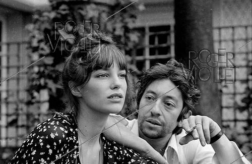 Roger-Viollet | 498907 | Serge Gainsbourg (1928-1991), French singer-songwriter, and Jane Birkin (born in 1946), English actress, 1971. Photograph by Georges Kelaïditès (1932-2015). | © Georges Kelaïditès / Roger-Viollet