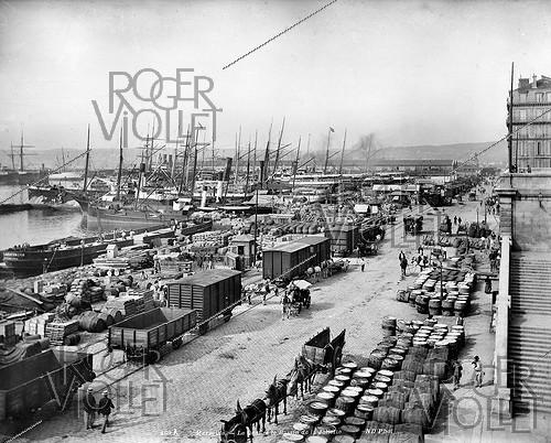 Roger-Viollet | 166940 | The Joliette quay and dock. Marseilles (France), circa 1900. | © Neurdein / Roger-Viollet