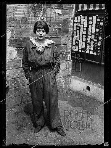Roger-Viollet | 481515 | World War One. New jobs for women since the beginning of the war: woman in overalls. Paris, June 1917. | © Excelsior - L'Equipe / Roger-Viollet