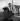 Femme inuit avec son enfant. Nome (Alaska). © Roger-Viollet