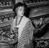 """Jeanne Moreau dans """"Pygmalion"""" de George Bernard Shaw. Paris, théâtre des Bouffes-Parisiens, janvier 1955. © Studio Lipnitzki/Roger-Viollet"""