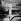 Daniel Commins, acousticien, pendant la construction de la Pyramide du Louvre. Paris, août 1988. © Kathleen Blumenfeld / Roger-Viollet