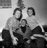 Yvette Giraud (1916-2014), Henri Salvador (1917-2008) et Odette Laure (1917-2004), chanteurs français. France, années 1950. © Claude Poirier / Roger-Viollet