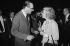 Jacques Chirac (né en 1932) et Line Renaud (née en 1928). Jacques Chirac au Conseil National de l'UDR (Union des démocrates pour la Vème République). Paris, palais des Congrès le 23 février 1975. © Jacques Cuinières / Roger-Viollet