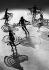 Ballet de patineuses. Vienne (Autriche), 18 avril 1938. © Ullstein Bild/Roger-Viollet