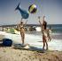 Mode féminine. Maillots de bain, vers 1950-1960.  © Ray Halin/Roger-Viollet