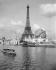 1900 World Fair in Paris. The Eiffel Tower. © Neurdein / Roger-Viollet