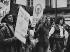 Manifestation du M.L.F. et du M.L.A.C.. Paris, 1er mai 1974. Photographie de Janine Niepce (1921-2007). © Janine Niepce / Roger-Viollet