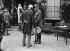 Guerre 1914-1918. Hôpital de la duchesse de Camastra. Le général di-Robilant, venu décorer les blessés italiens de la bataille de l'Aisne-Marne. 1918. © Maurice-Louis Branger/Roger-Viollet