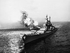 Guerre de Corée (1950-1953). L'USS Missouri de la marine américaine tirant sur Chong Jin, dans l'intention de  couper les Nord-Coréens de toute communication avec la Chine. 21 octobre 1950. © US National Archives / Roger-Viollet