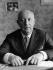 Christian Dior (1905-1957), couturier français, 1953. © Ullstein Bild/Roger-Viollet