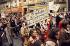 Manifestation à l'appel du Mouvement de Libération des Femmes (M.L.F.). Première marche des femmes pour l'abolition des lois sur l'avortement et pour la contraception libre et gratuite. Paris, le 20 novembre 1971. © Catherine Deudon/Roger-Viollet
