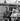"""Yves Montand et Romy Schneider pendant le tournage du film """"Paris brûle-t-il ?"""" de René Clément. Paris, août 1965. Photographie de Roger Berson. © Roger Berson / Roger-Viollet"""