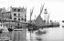 Sauzon, l'entrée du port. Belle-Ile-en-mer (Morbihan), vers 1900. © Neurdein / Roger-Viollet