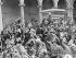 Guerre civile espagnole 1936-1939. Nationalistes fêtant la libération de l'Alcazar assiégé par des Républicains.Tolède, 29 septembre 1936. © Ullstein Bild/Roger-Viollet