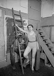 Foujita (1886-1968), peintre français d'origine japonaise et son modèle Youki Desnos.  © Albert Harlingue/Roger-Viollet