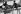 Jeunes garçons sous un auvent, village de Missira Dantila. Kédougou (Sénégal), 1975. Photographie de Jean Marquis (né en 1926). © Jean Marquis/Roger-Viollet