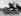 """Guerre d'Espagne (1936-1939). """"Moros"""" du général Franco avant leur départ en Ju-52 pour l'Espagne. Maroc, 30 juillet 1936. © Ullstein Bild/Roger-Viollet"""