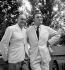 René Clair (1898-1981), cinéaste français, et Federico Fellini (1920-1993), scénariste et réalisateur italien, au Festival de Venise, septembre 1955. © Studio Lipnitzki / Roger-Viollet