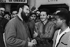 Raúl Castro (né en 1931), homme politique cubain, en visite, devant le cinéma Manzanares. Cuba, 1959.     GLA-BFC-P67 © Gilberto Ante/BFC/Gilberto Ante/Roger-Viollet