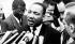 Martin Luther King (1929-1968), pasteur américain et leader pour les droits civiques, donnant une conférence de presse après sa rencontre avec le président Lyndon B. Johnson à la Maison Blanche. Washington D.C. (Etats-Unis), 3 décembre 1963. © TopFoto / Roger-Viollet