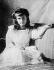 La grande-duchesse Anastasia, fille de Nicolas II, vers 1905. © Albert Harlingue / Roger-Viollet