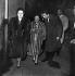 Edith Piaf, Georges Moustaki, chanteurs français, et Louis Barrier, imprésario. Paris, Bobino, novembre 1958. © Studio Lipnitzki / Roger-Viollet