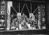 Guerre de 1939-1945. Paris sous l'Occupation. Vitrines de magasin protégées par des bandes de papier collées pour atténuer les effets des déflagrations des bombes. © Roger-Viollet