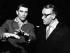 Wieland Wagner (1917-1966), metteur en scène allemand, et Maurice Béjart (1927-2007), chorégraphe et danseur français. Festival de Bayreuth (Allemagne), juillet 1961. © Ullstein Bild/Roger-Viollet