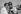 Graham Hill, pilote de course britannique. Circuit de Montlhéry (Essonne), 1962. © Roger-Viollet